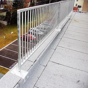 Roofing railings